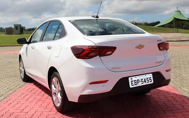 Novo Onix 2020 Sedan Plus Premier Turbo Automático: teste drive, preços, consumo e impressões ao dirigir - vídeo